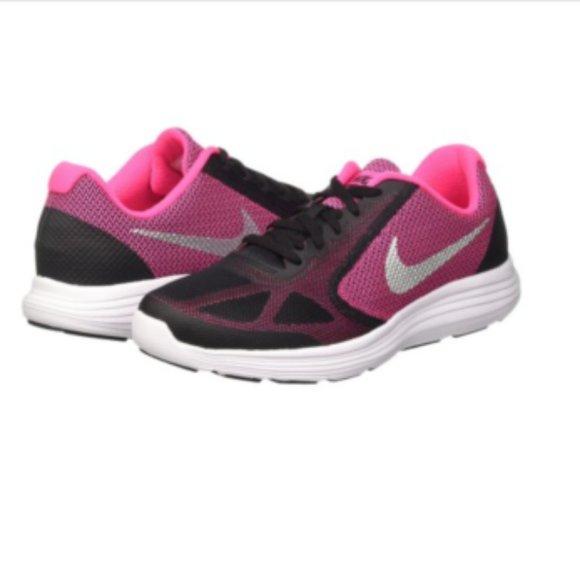 Nike Shoes | New Revolution 3 Big Kids
